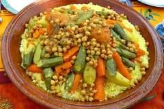 Selling: Couscous à la viande et légumes pour 6 personnes